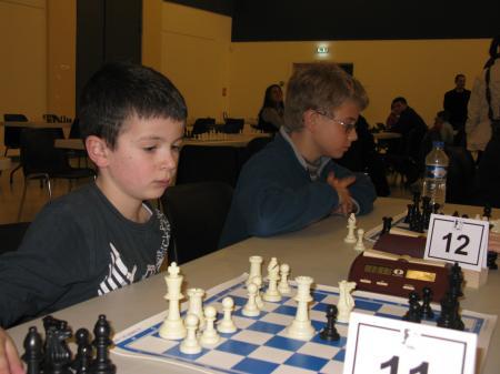 Ecole : Antoine très concentré