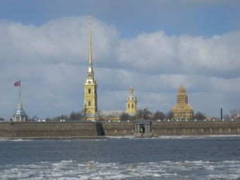 medium_340px-Neva-StPetersburg2.JPG